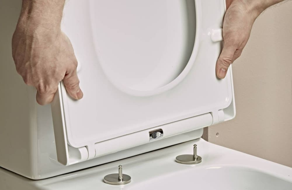 6 Most Compact Toilets for Small Bathrooms – Reviews and Buying Guide