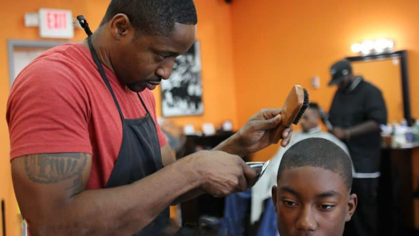 9 Amazing Clippers for Black Men to Create New Stylish Look