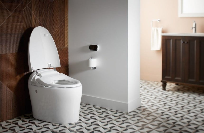 How to Adjust Water Level in a Toilet Bowl