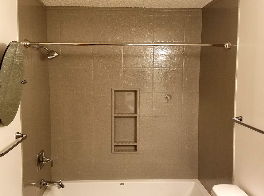 5 Best Tub Surrounds - Practical Decision for Your Bathroom